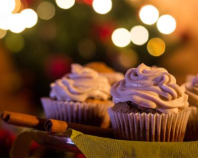 Perníkové muffiny s tvarohovým krémom