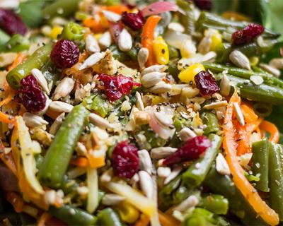 Zeleninový julienne tanier