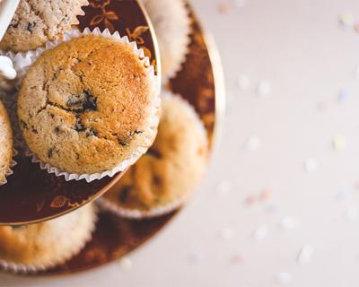 Vanilkové muffiny s čokonáplňou