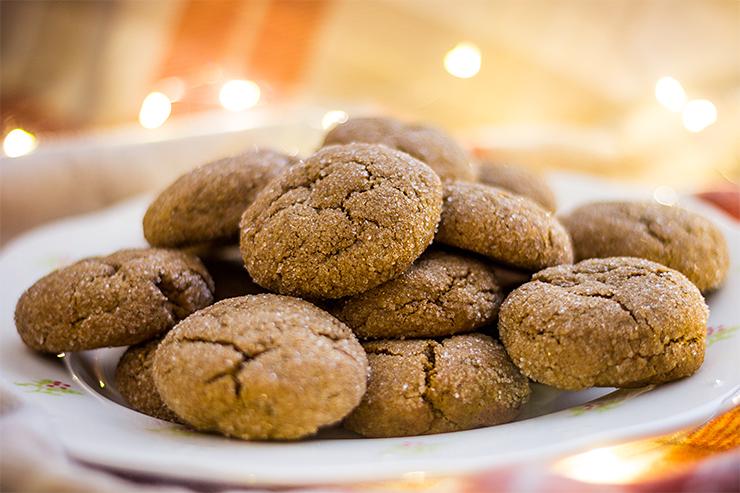 Melasové crinkle cookies